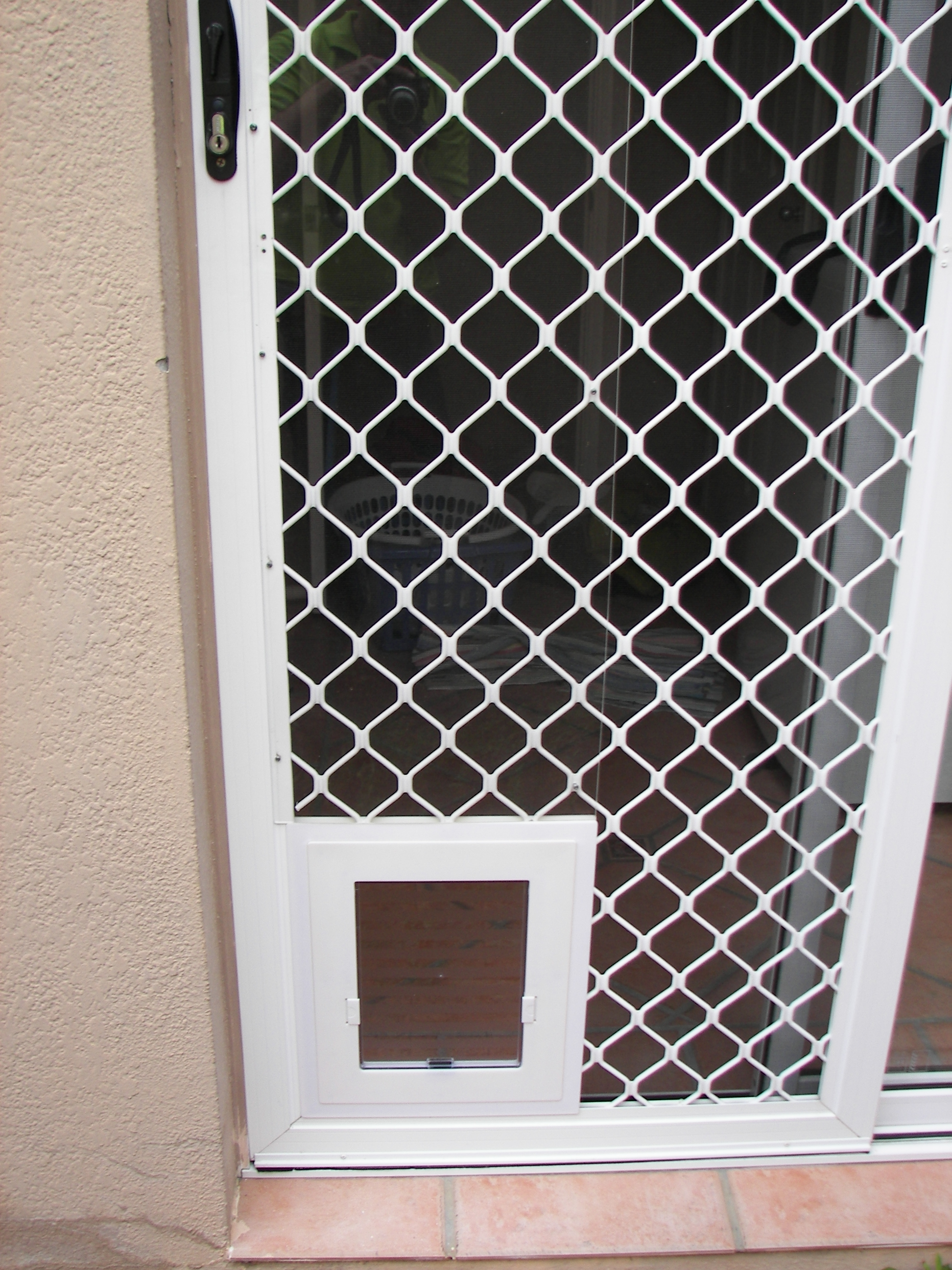 2592 #7E624D Wooden Screen Door With Pet Door Kashiori.com Wooden Sofa Chair  save image Exterior Doors With Pet Door Built In 39171944